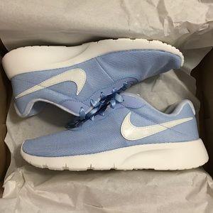 Nike Tanjun SE Sneakers Blue